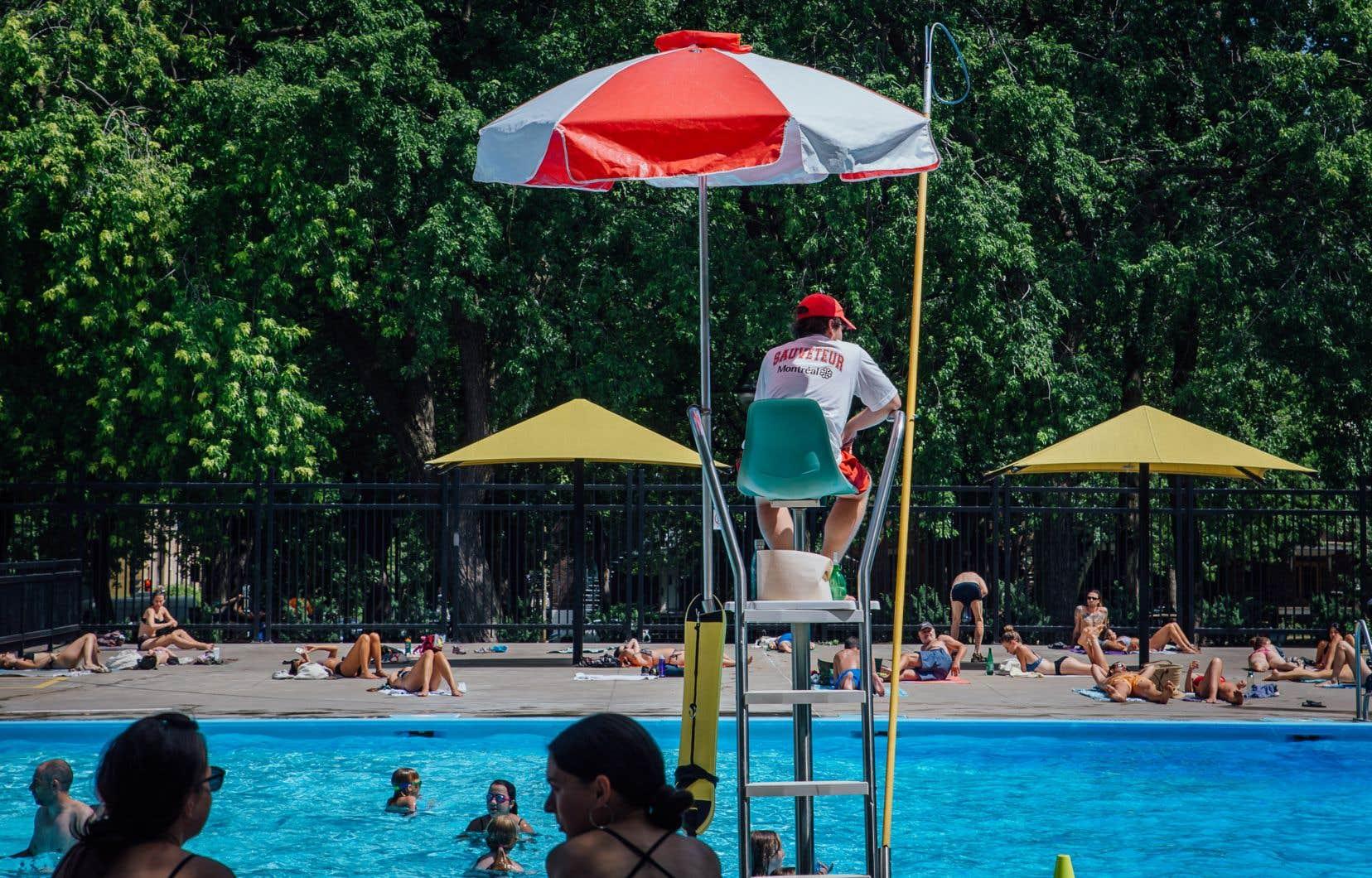 Les sommes allouées serviront à payer les coûts relatifs à l'engagement de moniteurs et de sauveteurs, à la location des piscines et au transport des jeunes qui suivront les formations.