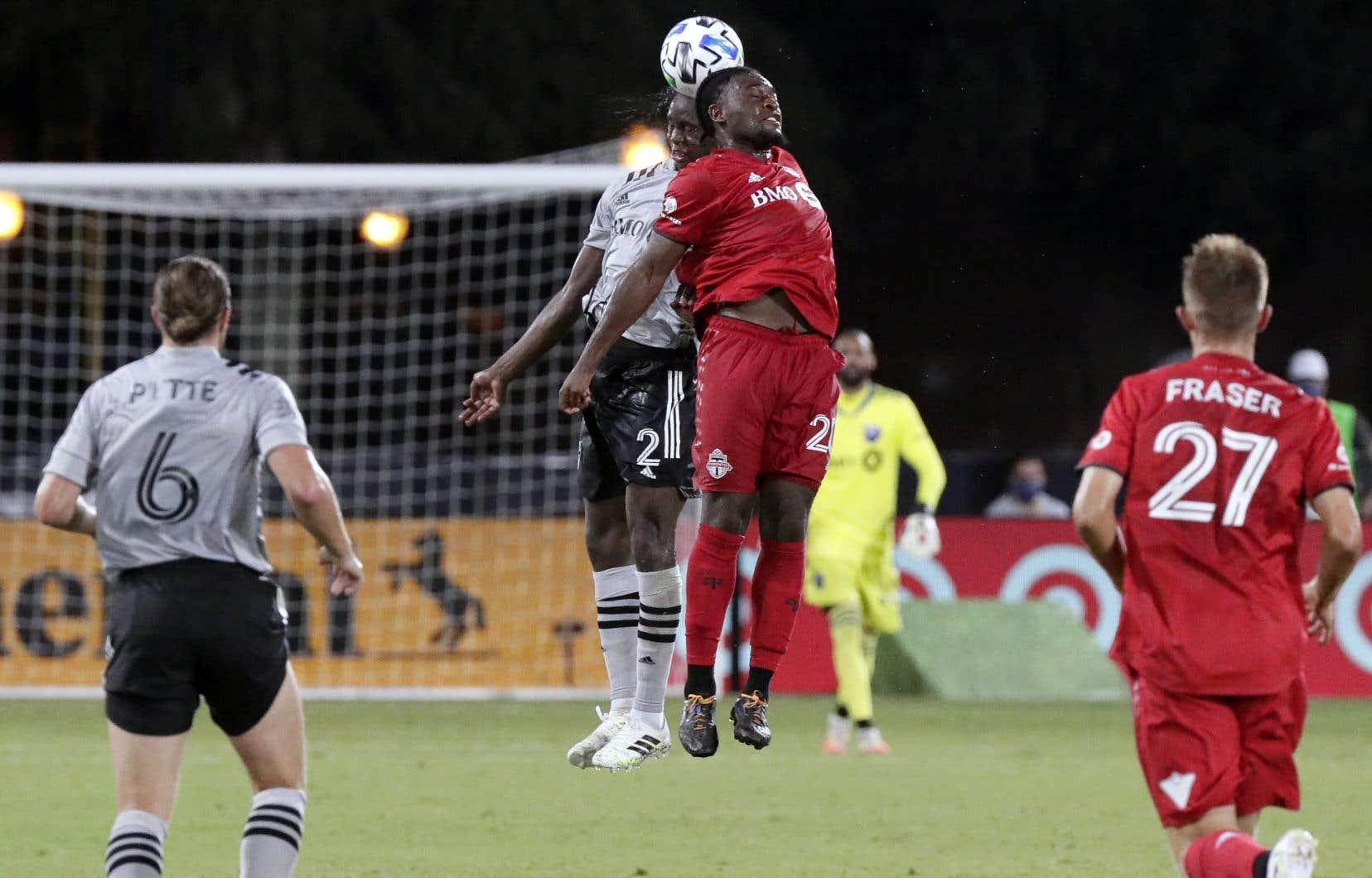 La grande vedette du match a été l'attaquant du Toronto FC Ayo Akinola (20), auteur des trois derniers buts.