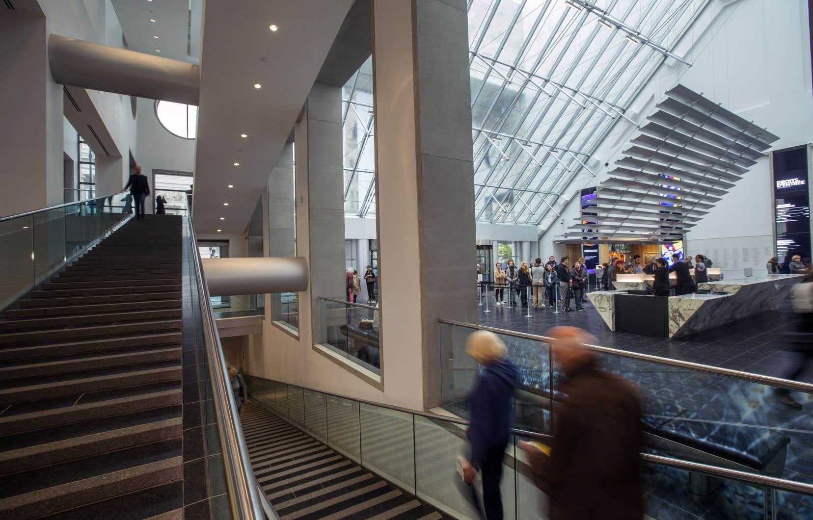 L'offre présentée à la flamboyante directrice générale et conservatrice en chef du Musée des beaux-arts de Montréal (MBAM) a ainsi été perçue comme une forme de mise sous tutelle par la principale intéressée.