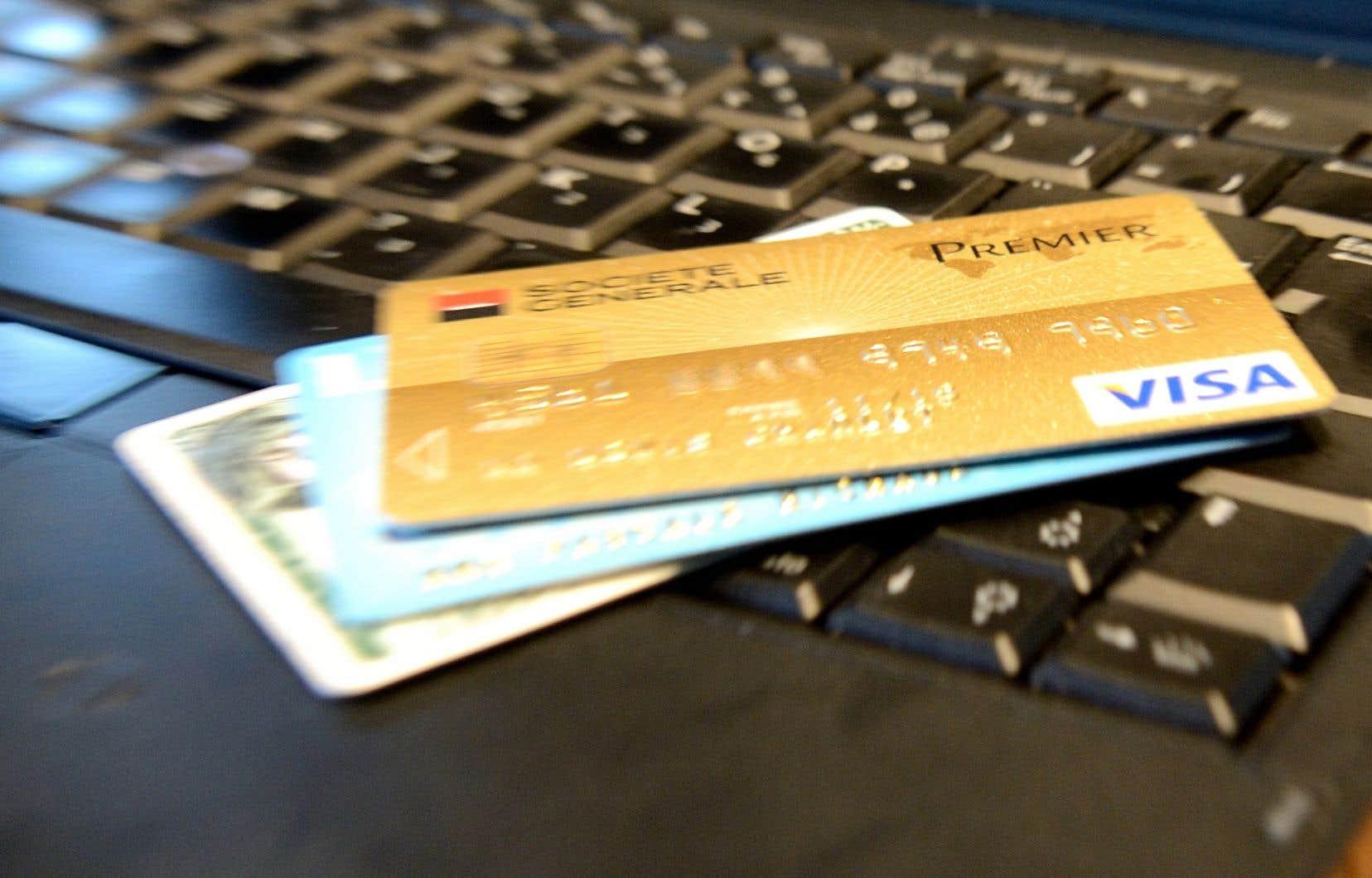 Le changement législatif impose également que, depuis le 1<sup>er</sup>août 2019, tout nouveau contrat de carte de crédit comporte dès le départ un paiement minimum périodique qui ne peut être inférieur à 5% du solde.