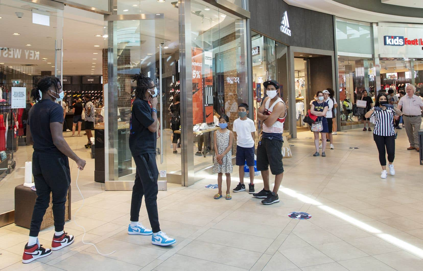 Les ventes au détail ont augmenté à 41,8milliards en mai après avoir connu de fortes baisses au cours des deux mois précédents, a préciséStatistique Canada.
