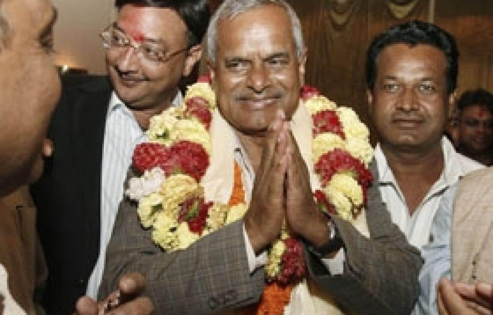 Le premier président du Népal Ram Baran Yadav hier après sa nomination.