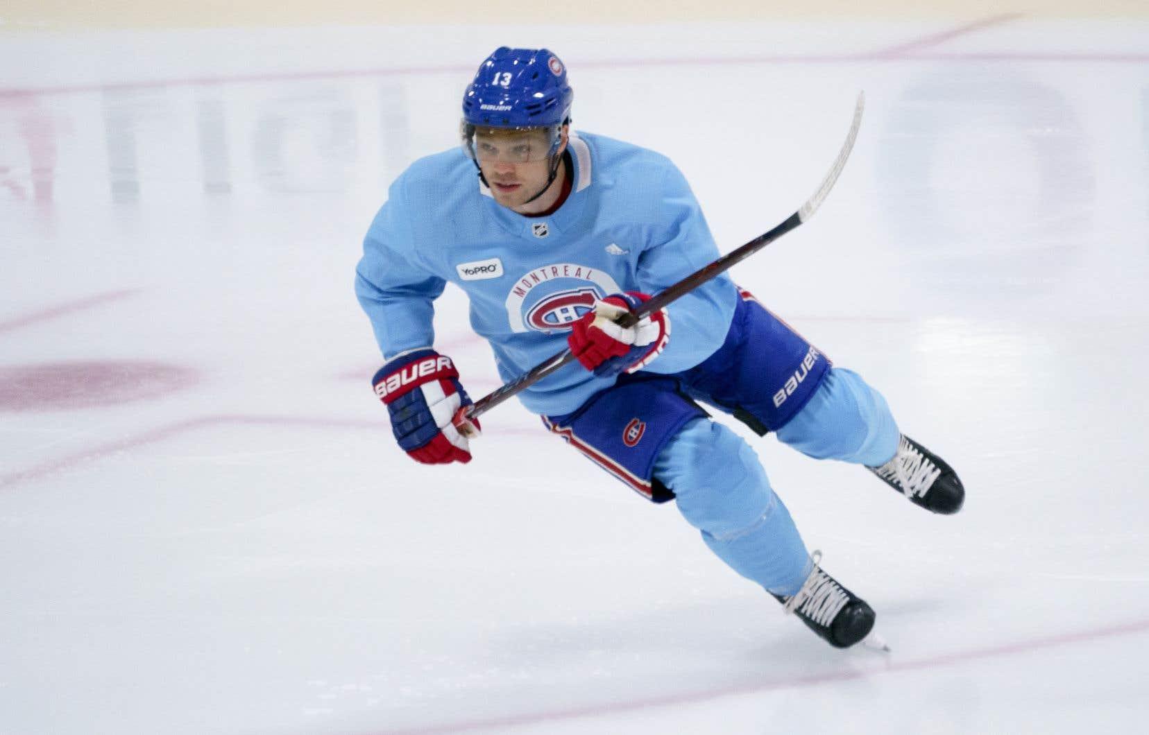 Max Domi a patiné avec ses coéquipiers, mardi matin, au complexe d'entraînement du Canadien de Montréal.