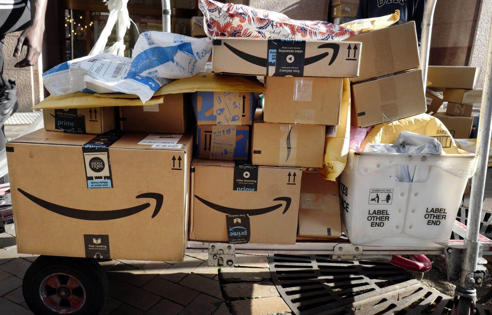 Amazon a promis en début d'année d'atteindre la carboneutralité en 2040.