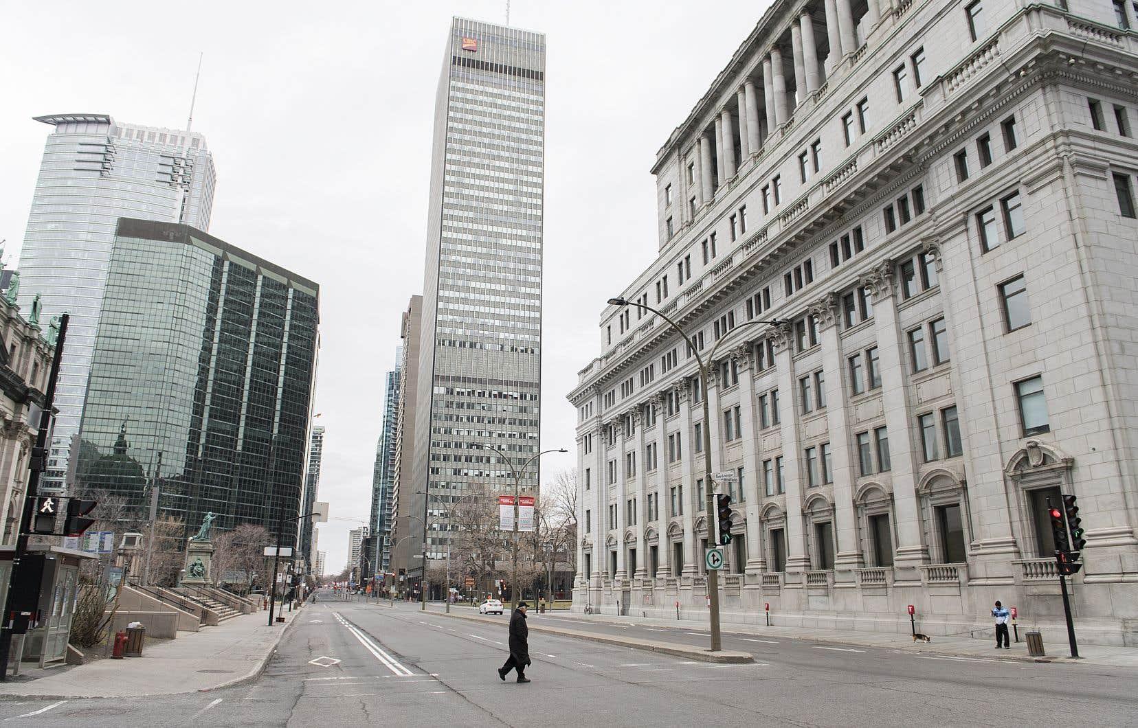 Selon les estimations du DPB, les absences de fonctionnaires ont coûté au bas mot un demi-milliard de dollars.