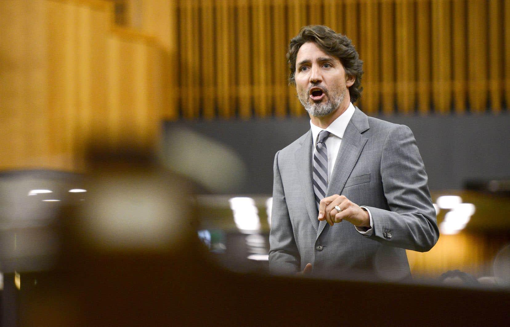 Le commissaire fédéral à l'éthique mène actuellement une enquête pour déterminer si Justin Trudeau et le ministre des Finances, Bill Morneau, ont violé les règles sur les conflits d'intérêts.