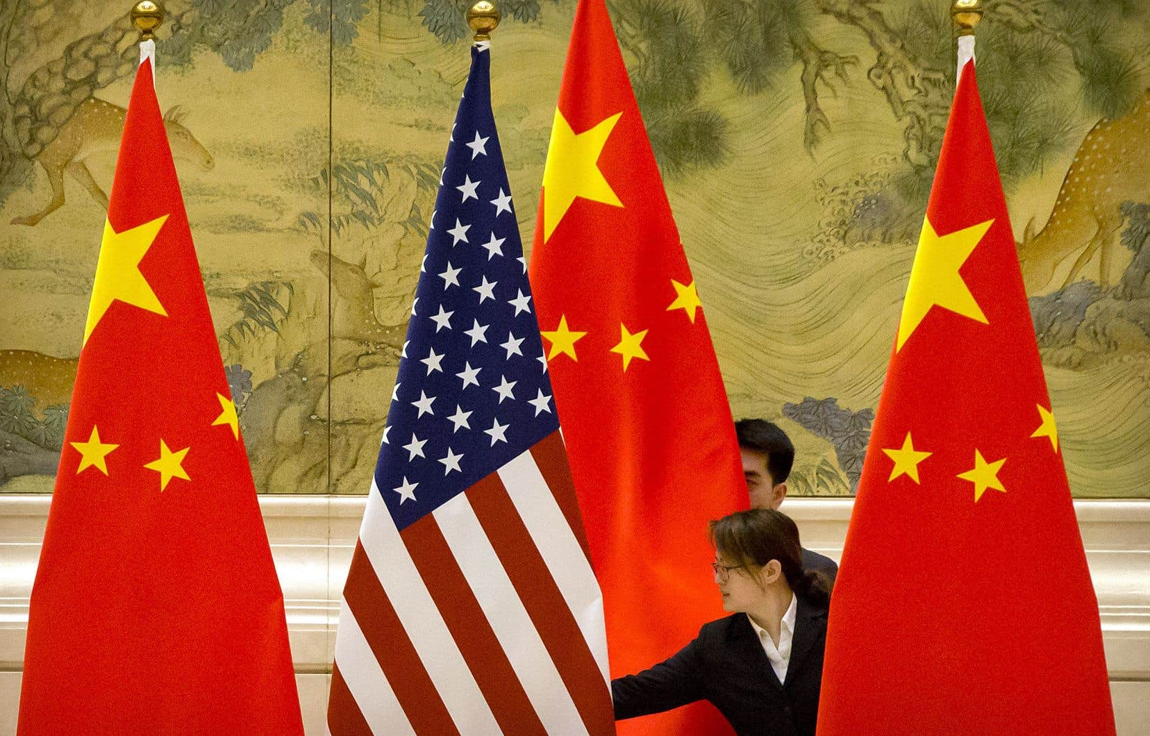 Les observateurs estiment que les États-Unis et la Chine sont entrés dans une ère de compétition stratégique acharnée pour la suprématie mondiale. Voire dans une nouvelle guerre froide.