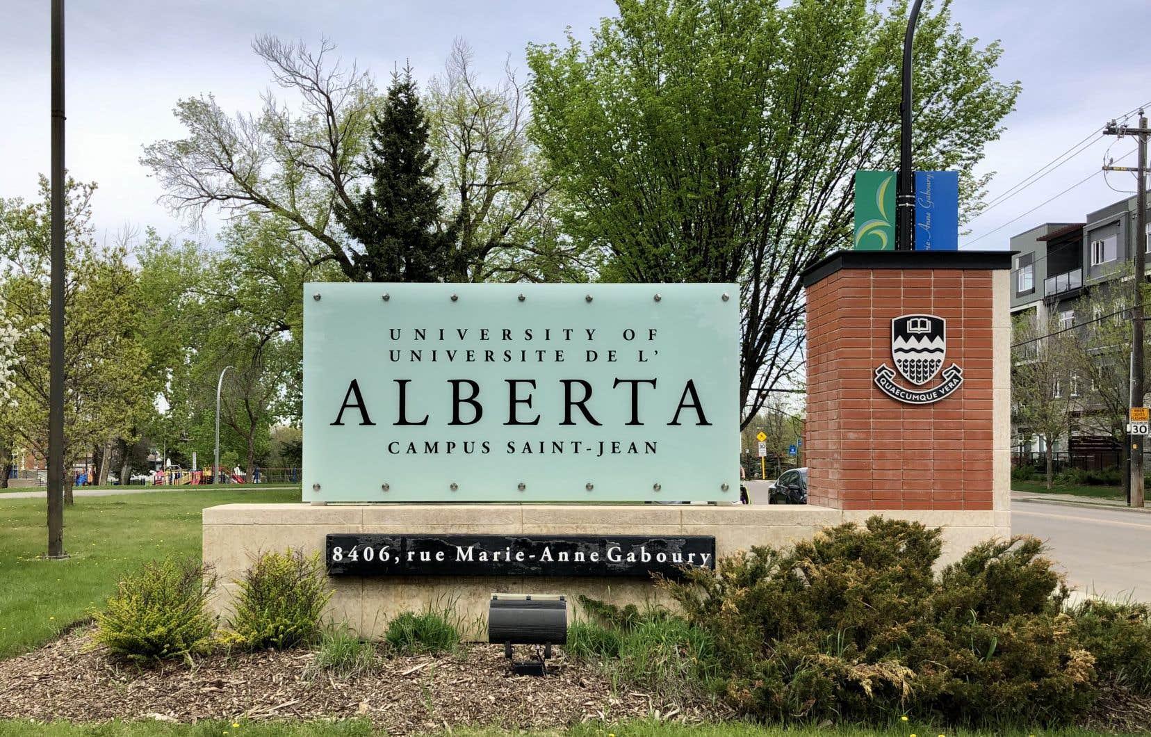 La Faculté Saint-Jean assure la formation des professeurs du réseau français de l'Alberta.