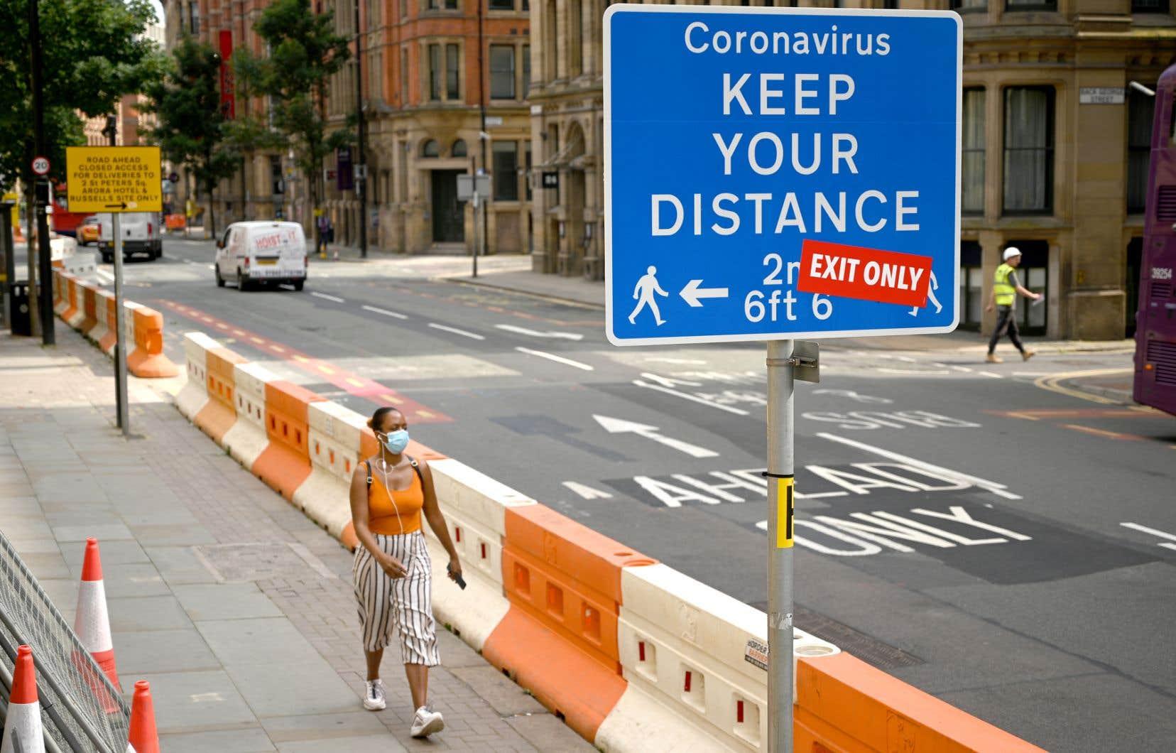 Manchester, dans le nord du pays, fait partie des villes touchées par les nouvelles restrictions annoncées jeudi.