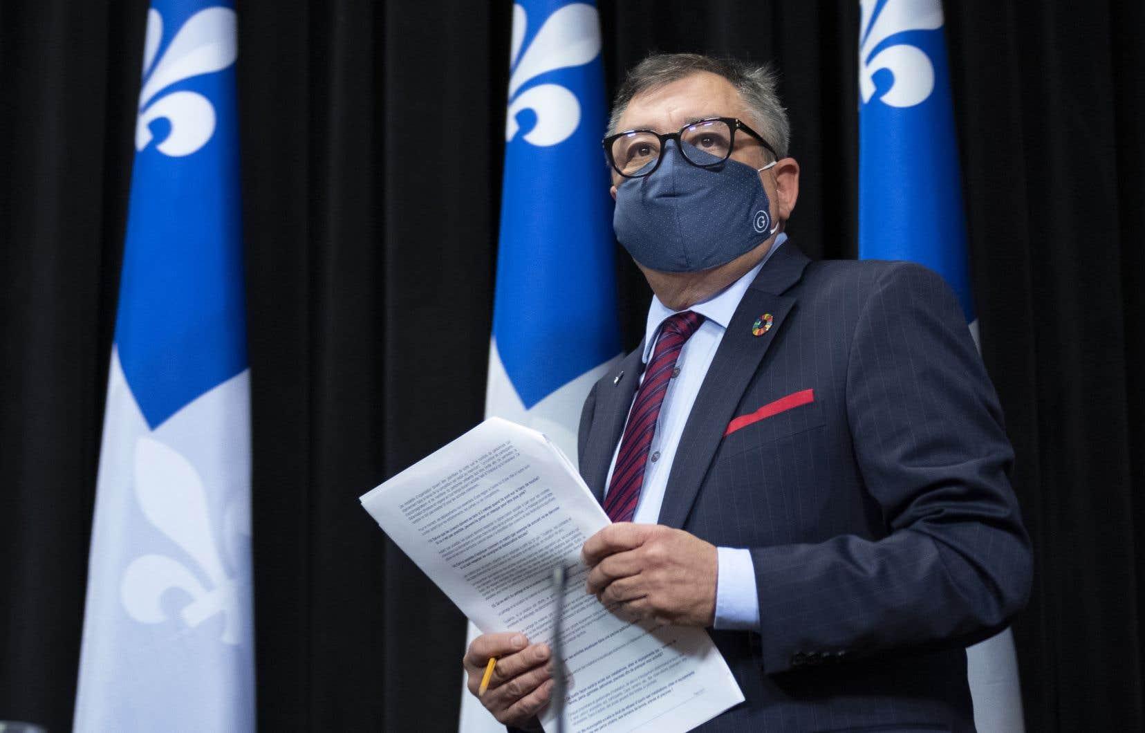 Dans les trois prochaines années, le DrHoracio Arruda gagnera substantiellement plus que sa supérieure immédiate, la nouvelle sous-ministre à la Santé et aux Services sociaux, Dominique Savoie.