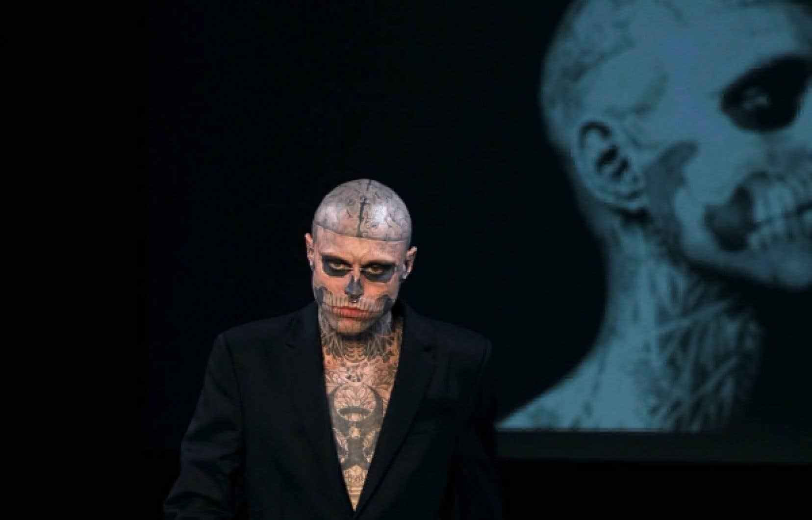 Le Montréalais Rick Genest — Zombie Boy — est devenu la star du défilé de la maison Thierry Mugler de la dernière Semaine de la mode à Paris. <br />