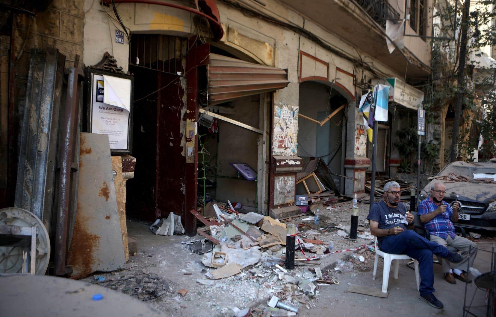 L'explosion a alimenté la colère des Libanais qui avaient battu le pavé des semaines dès octobre 2019 pour exprimer leur ras-le-bol face aux politiques accusés de corruption et d'incompétence.