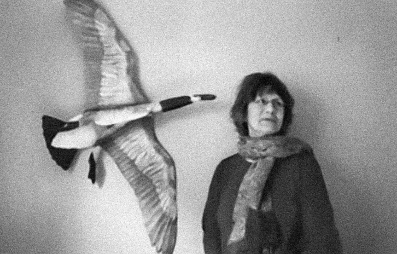 L'autrice Virginia Pesemapeo Bordeleau photographiée via Zoom, chez elle à Rouyn-Noranda.