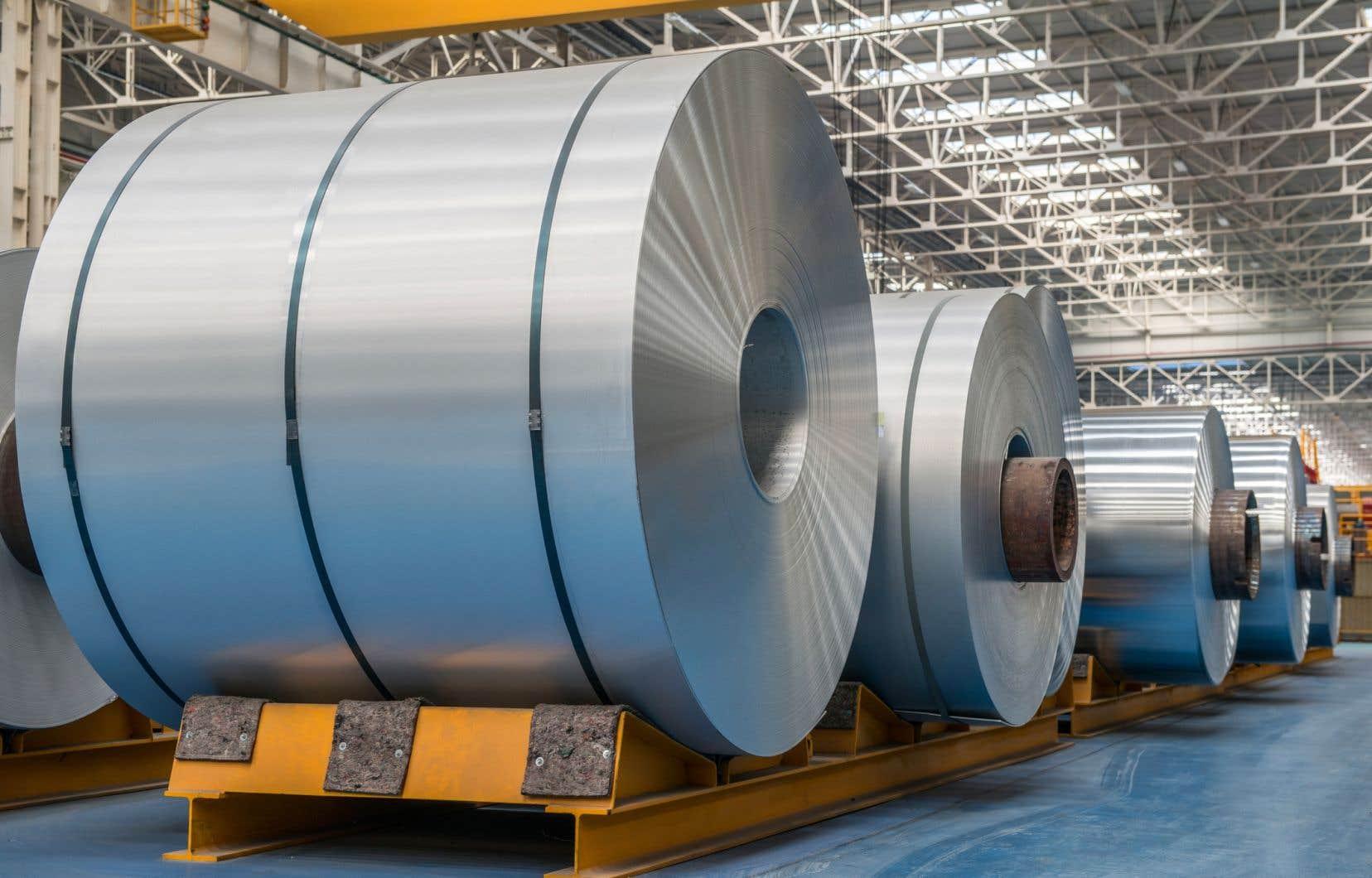Un certain nombre d'entreprises américaines se sont plaintes d'une augmentation soudaine des importations canadiennes d'aluminium aux États-Unis.