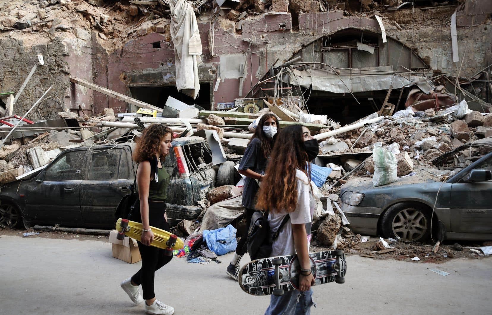 La double déflagration survenue dans le port de Beyrouth avait fait au moins 154 morts et 5000 blessés en date de vendredi.