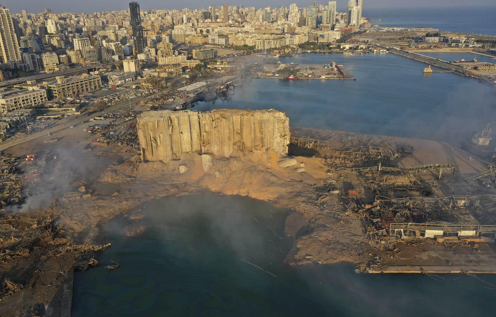 Une terrible explosion dans le port de Beyrouth a fait plus de 158 morts et 6000 blessés mardi dernier.