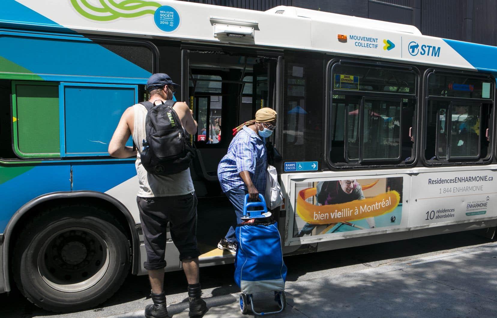 94% des anciens utilisateurs des transports en commun qui ne se sentent pas à l'aise de revenir sur leur lieu de travail mentionnent la crainte de ce mode de déplacement.