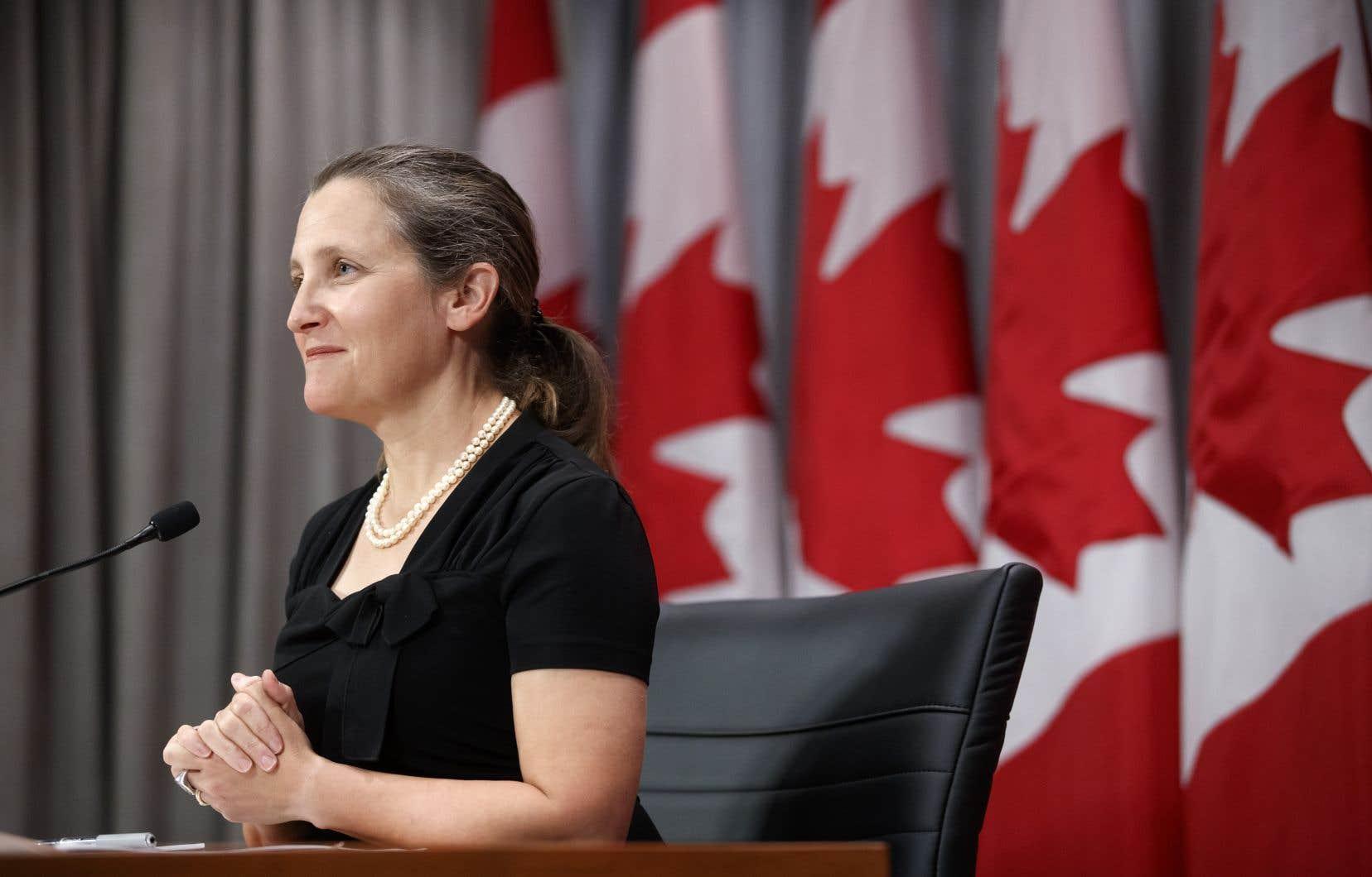Chrystia Freeland a affirmé que les discussions avec Washington se poursuivent à quelques jours de l'entrée en vigueur des nouveaux tarifs douaniers américains sur l'aluminium canadien.