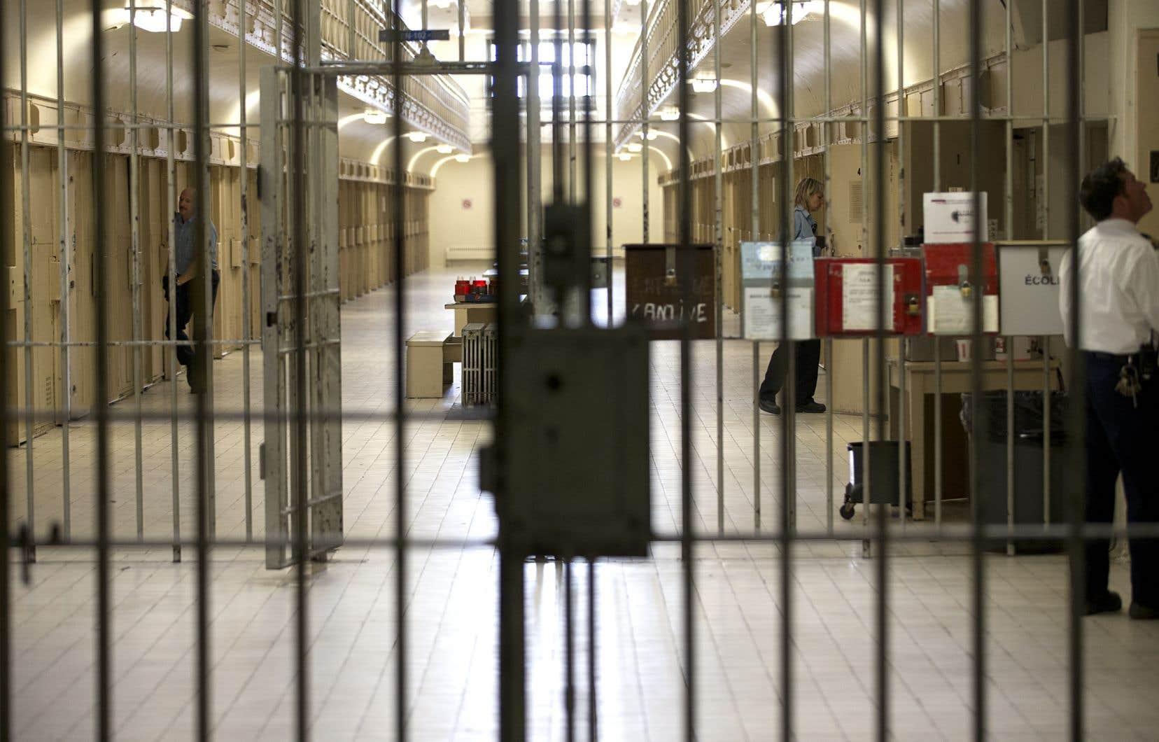 Plusieurs mesures avaient été mises en place ce printemps pour réduire le nombre de détenus dans les établissements pénitenciers.