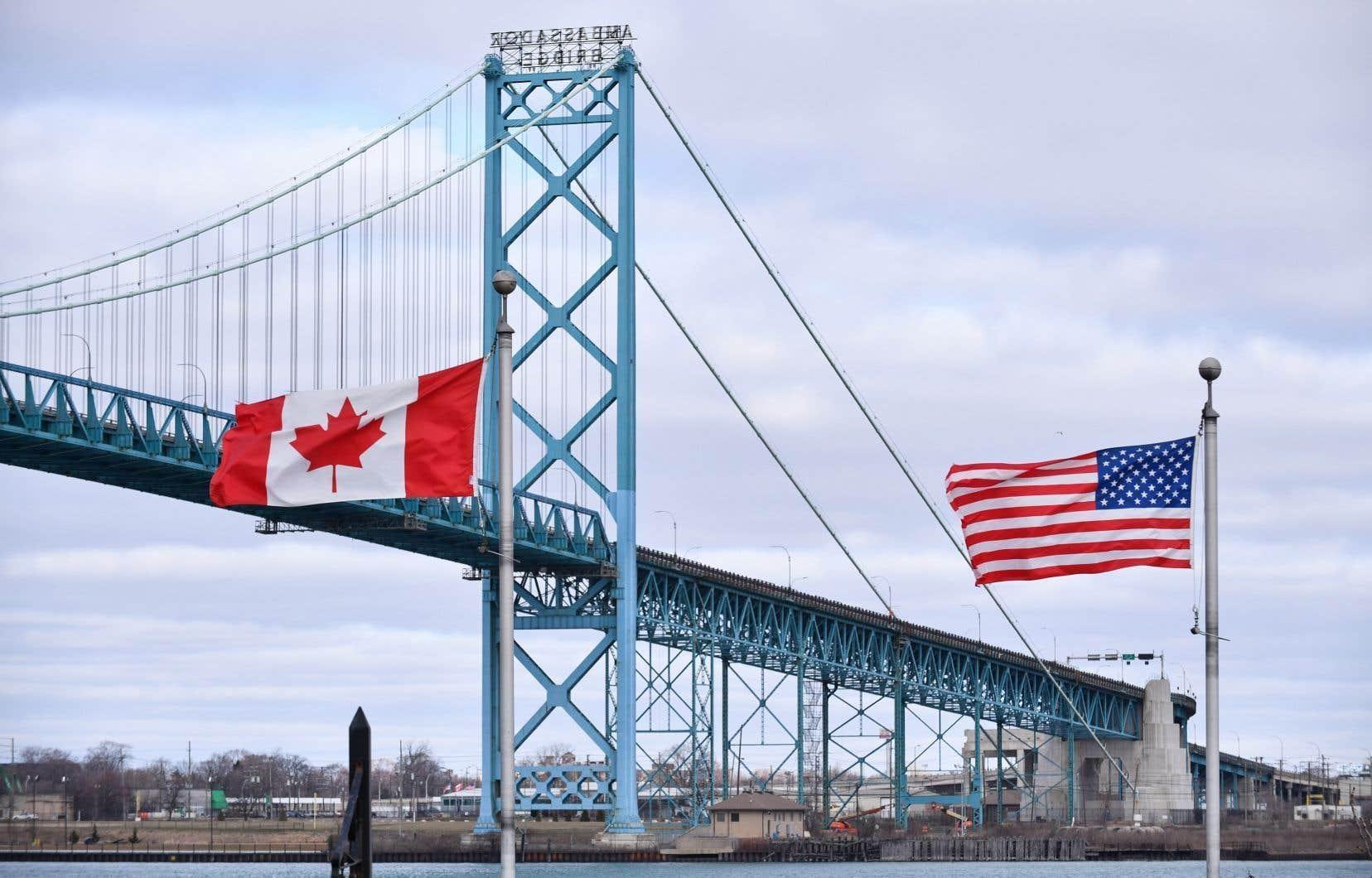 La frontière canado-américaine est fermée aux voyages non essentiels depuis le début de la pandémie de COVID-19, à la mi-mars.