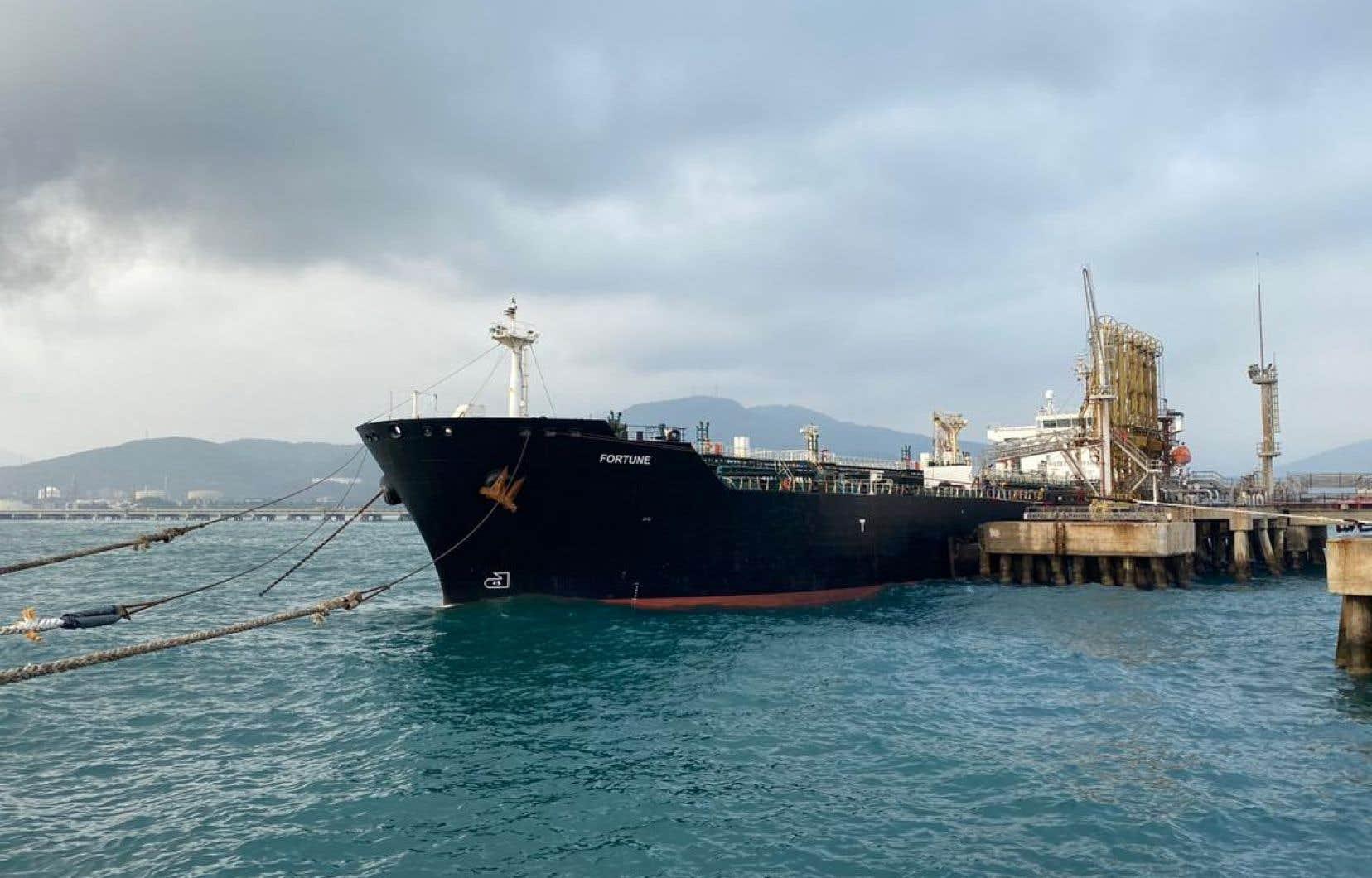 Selon un communiqué, plus d'un million de barils de pétrole ont été confisqués, ce qui représente la plus grosse saisie américaine de pétrole iranien.