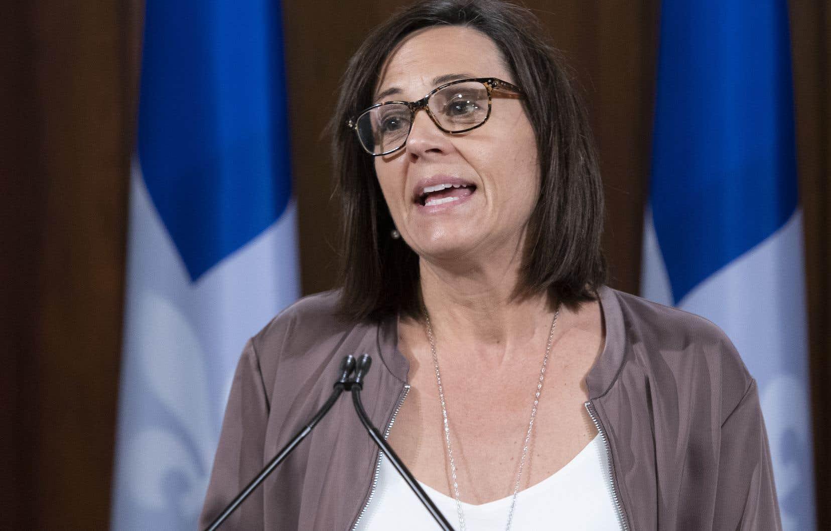 La ministre responsable de la Condition féminine, Isabelle Charest