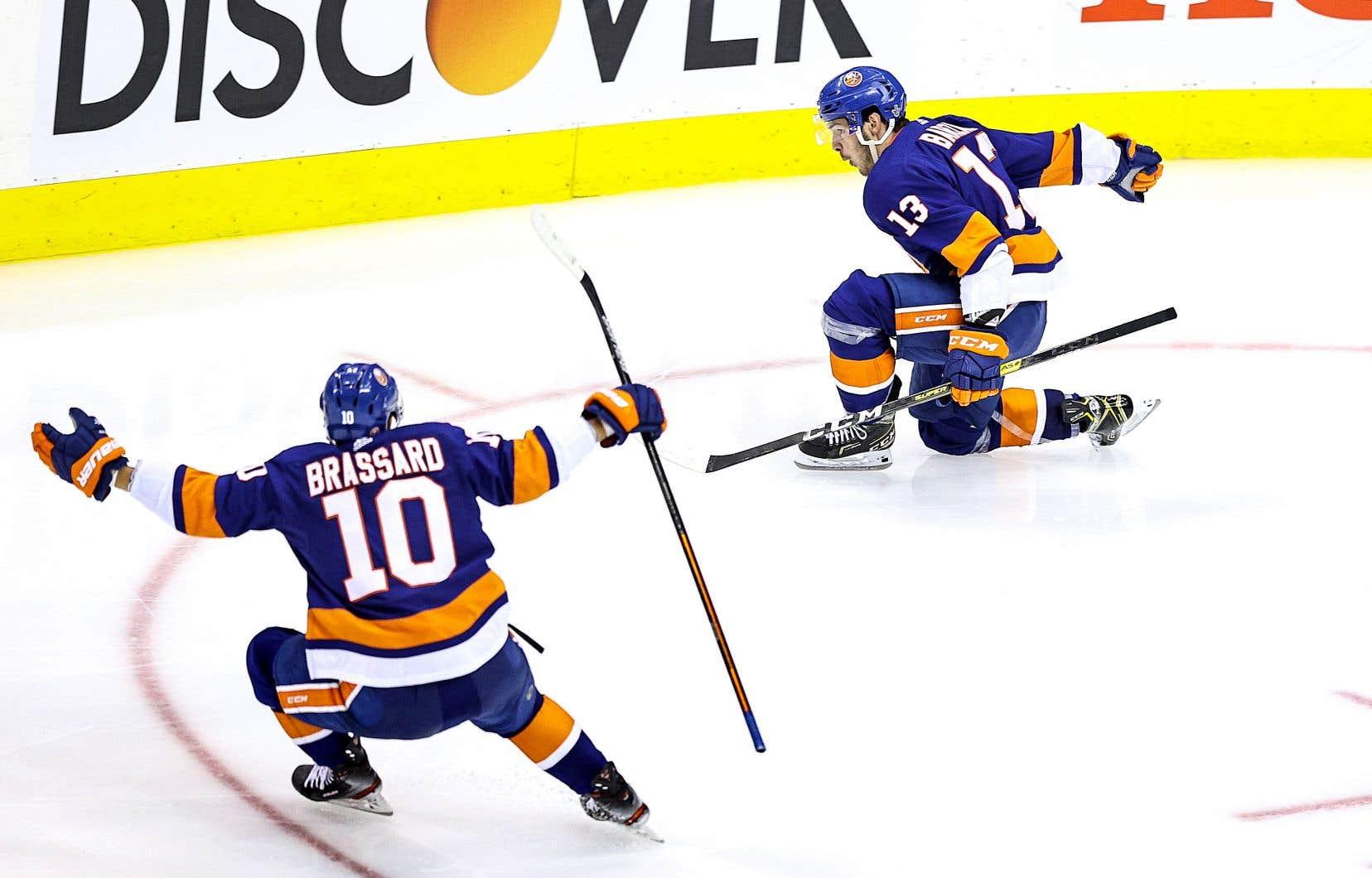 Mathew Barzal a marqué à la première période de prolongation du match opposant les Islanders aux Capitals.