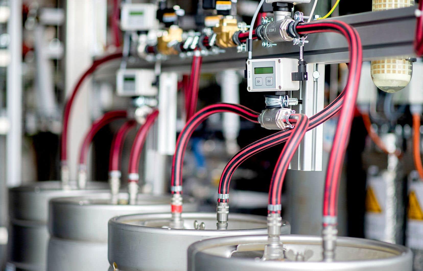 Une partie des équipements servant à produire de l'hydrogène par l'électrolyse dans une usine d'Elsfleth en Allemagne