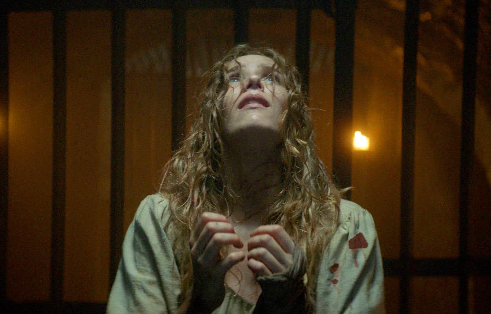 L'actrice Charlotte Kirk joue une paysanne du Moyen Âge accusée de sorcellerie dans «The Reckoning».
