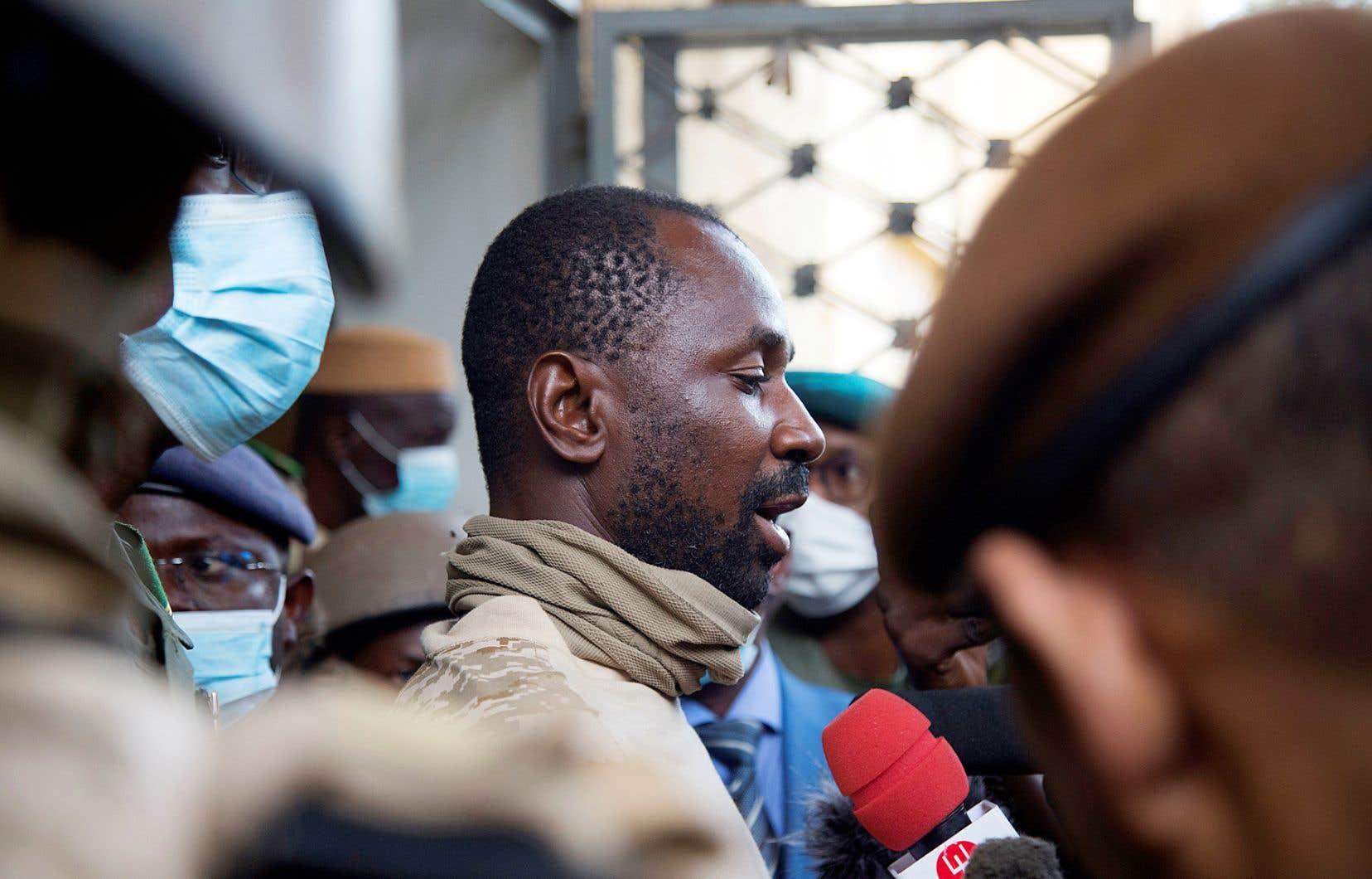Le colonel Assimi Goita s'est présenté mercredi comme le nouvel homme fort du Mali.