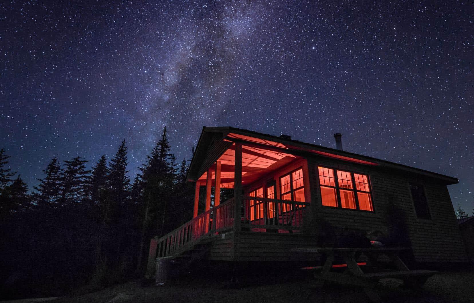 La Route des sommets propose plusieurs sites parfaits pour admirer le ciel étoilé.