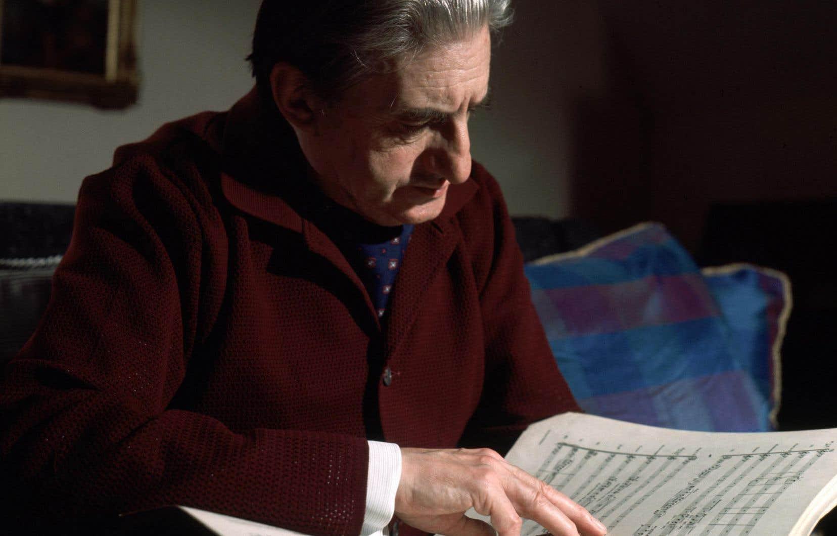 John Barbirolli fait l'objet d'un véritable culte en Grande-Bretagne, comme une sorte de Callas de la direction d'orchestre.