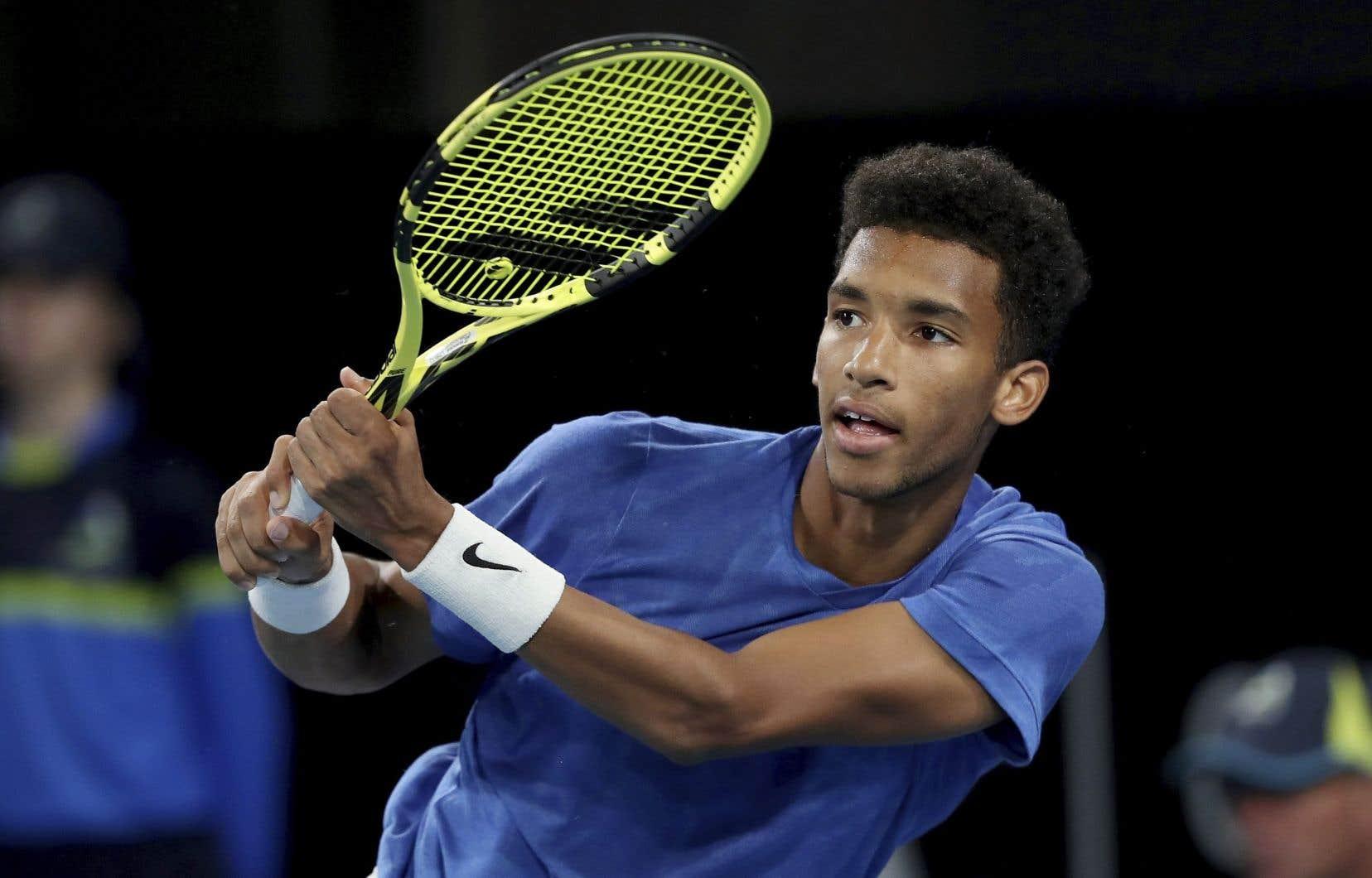 Pour Auger-Aliassime, il s'agissait d'une première participation à un tournoi de l'ATP depuis la fin de février, alors qu'il avait atteint les huitièmes de finale à l'Omnium du Mexique.