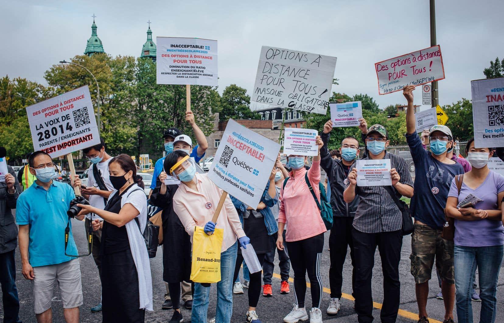 La première revendication des manifestants est de diminuer les ratios d'élèves par enseignant.
