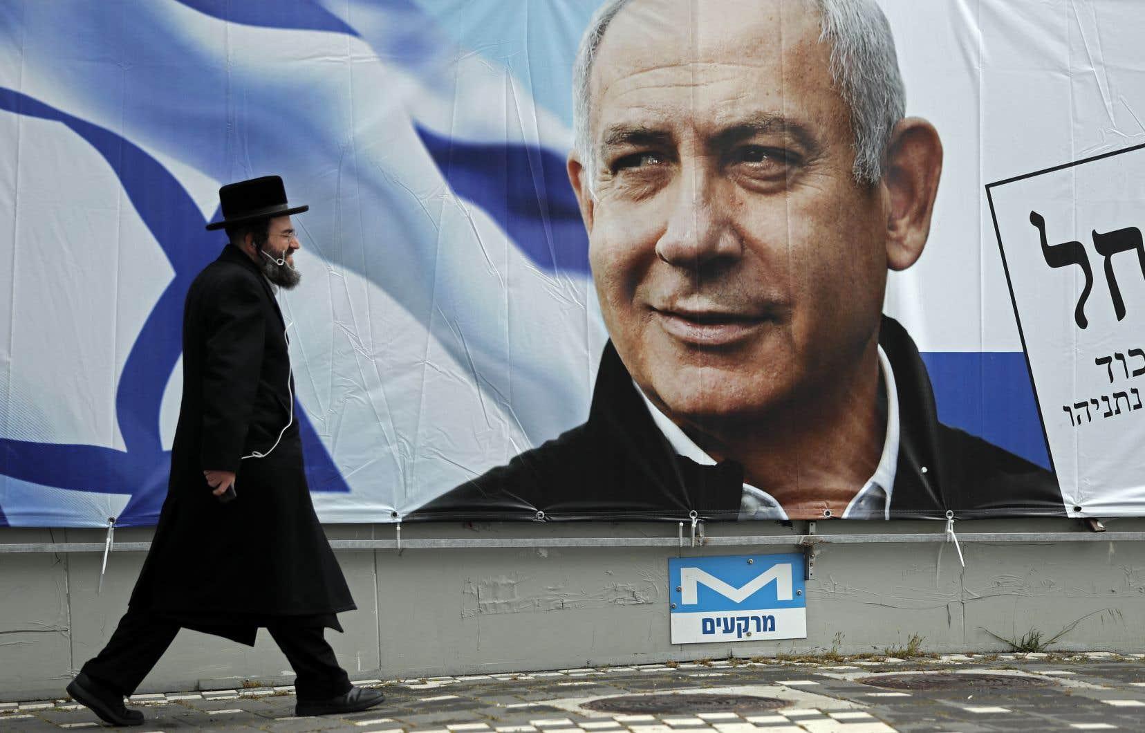 Selon le premier ministre Nétanyahou, le projet d'annexion est «suspendu temporairement», mais «demeure sur la table», une position contredite par Jared Kushner, l'architecte du plan de paix Trump.