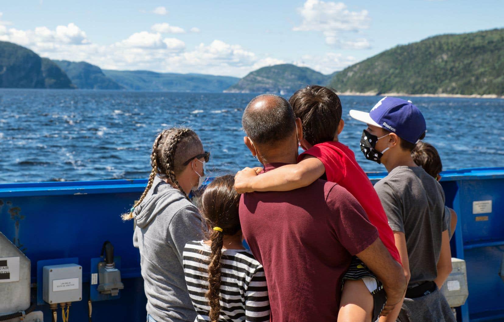«La saison estivale aura été marquée par un voyage au cœur du Québec», écrit l'auteur.