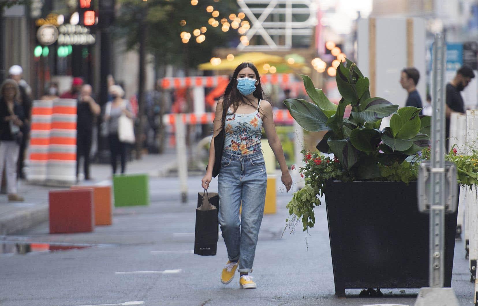 La situation du Québec est en effet différente de celle de plusieurs villes d'Europe, où les rues peuvent être étroites et où les places publiques peuvent être très achalandées, notamment par des touristes.
