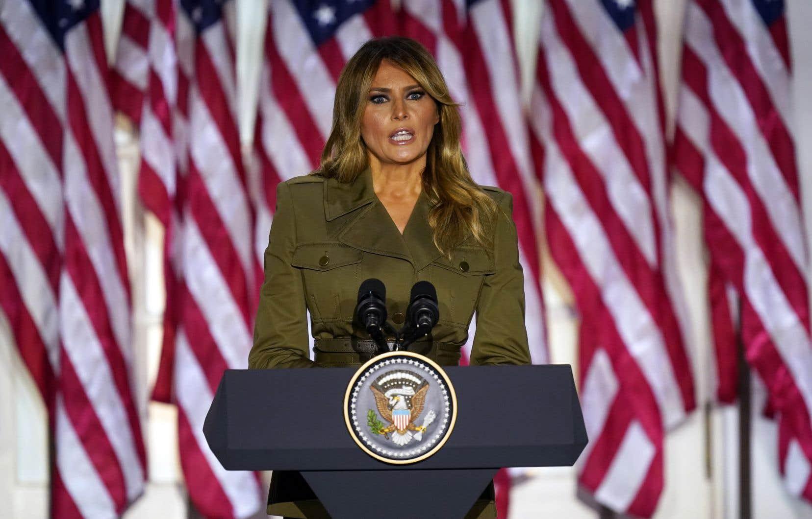 D'ordinaire très discrète, la première dame Melania Trump a prononcé un discours lors de la deuxième journée de la convention nationale républicaine.