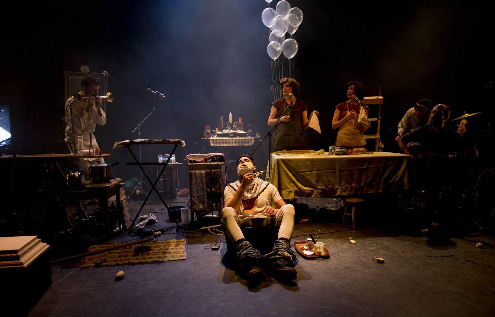 L'orchestre d'hommes-orchestres, ici montré dans une scène de son spectacle «Kitchen Chicken» en 2019, se produira le 3 octobre.
