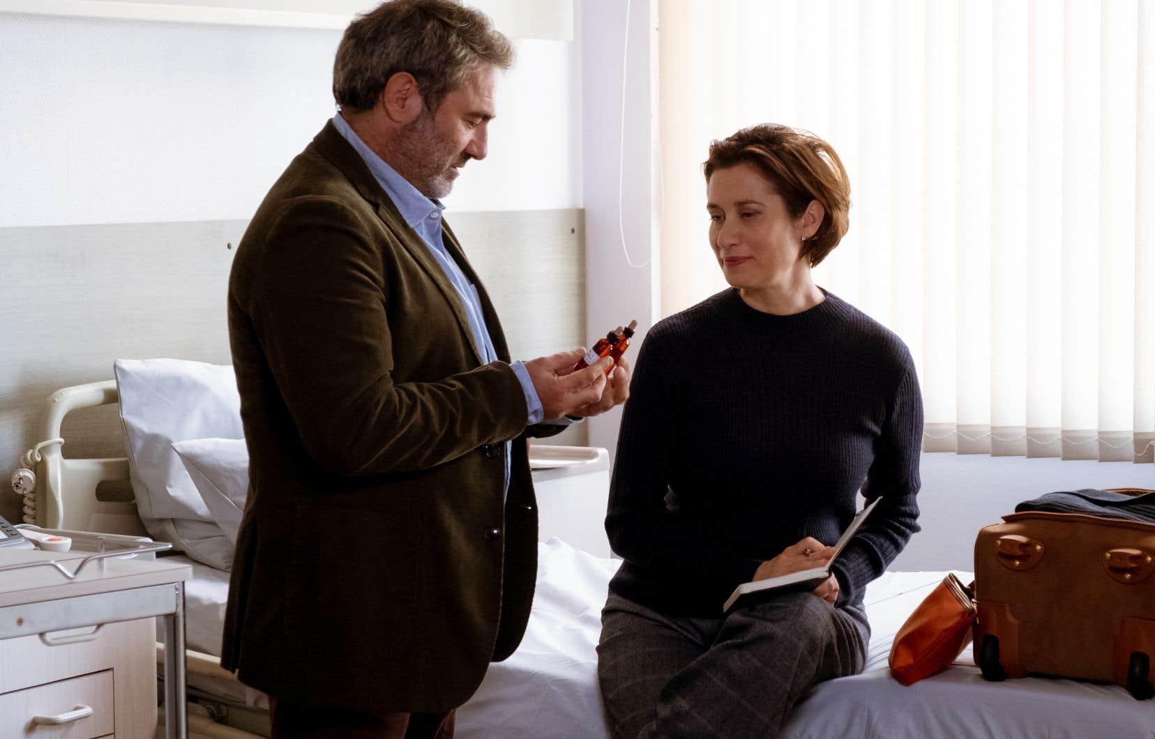 Dans le film «Les parfums», tout se déroule sans tambour ni trompette, tant dans le drame que lorsqu'au détour d'une scène émerge un moment d'humour.