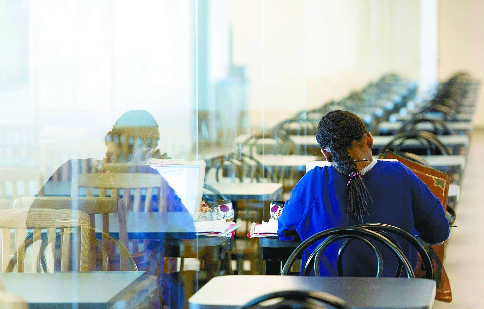La présidente de la Fédération étudiante collégiale du Québec a reproché aux administrations collégiales de se contenter de remplir leurs obligations légales, sans plus.