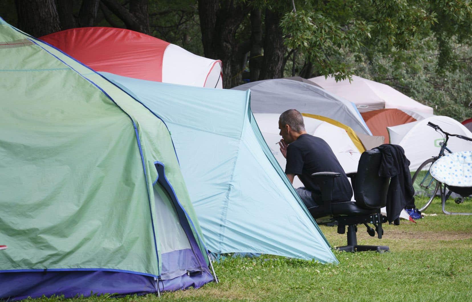La Ville de Montréal espère néanmoins voir disparaître le campement improvisé.