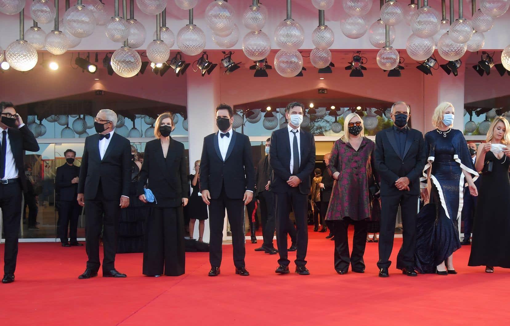 La présidente du jury a appelé l'industrie du cinéma à profiter de la crise pour faire son aggiornamento sur la place de la diffusion en continuet des salles de cinéma.
