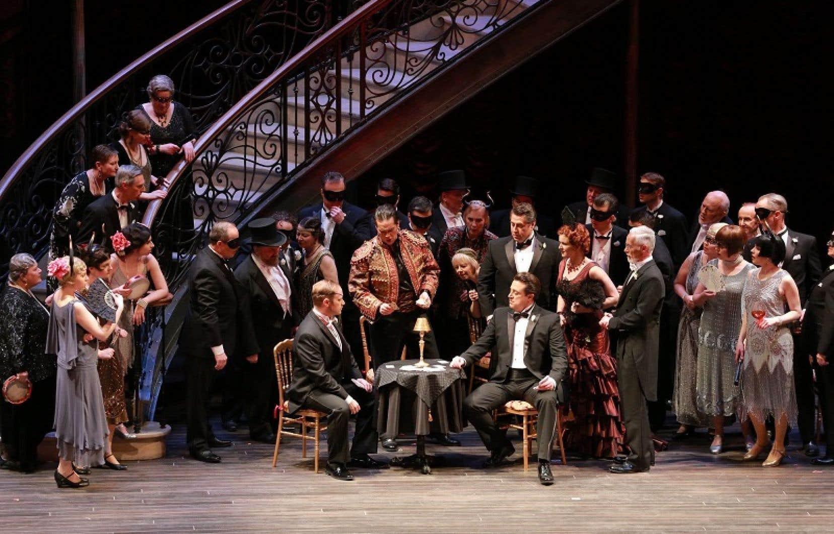 Pour Alain Gauthier, dont «La Traviata», qui devait faire l'ouverture de la saison de l'Opéra de Montréal, a été reportée d'une saison, les éventuelles adaptations de son travail ne sont pas encore au stade concret.