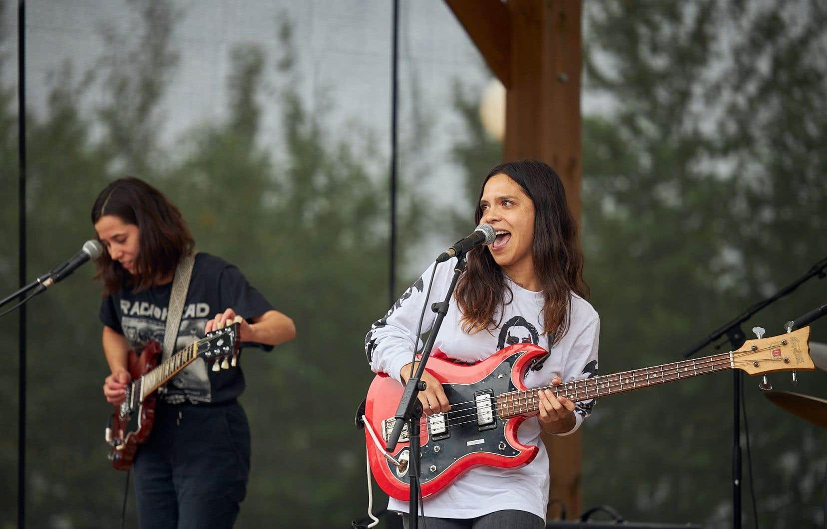 Les filles de NOBRO ont donné le coup d'envoi de la nouvelle édition du Festival de musique émergente ne ressemblant à aucune des dix-sept précédentes.