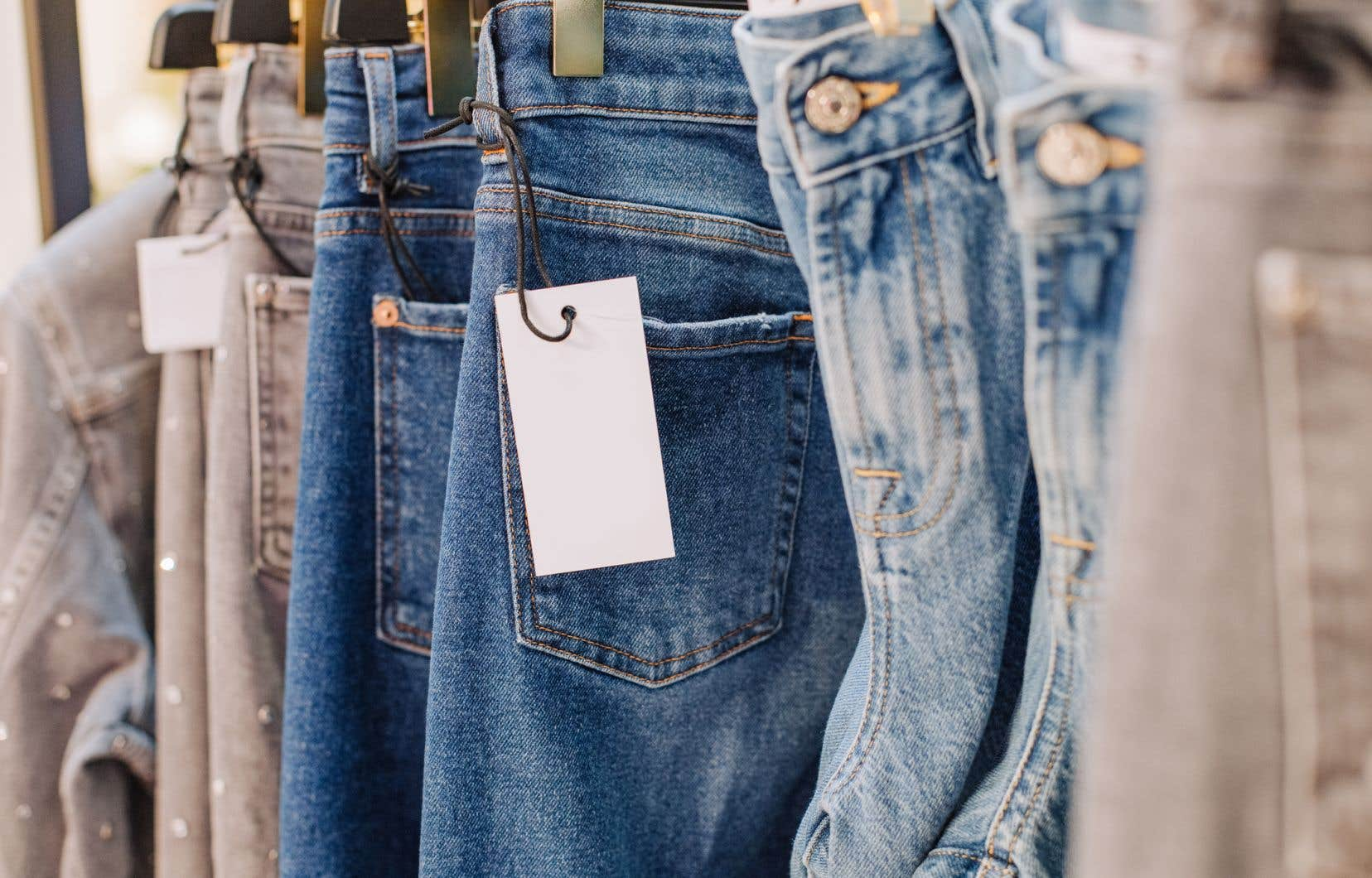 Les ventes au détail totales de vêtements diminueront de 28% à 32% en 2020, selon Trendex, une société de renseignements marketing spécialisée dans les marchés canadien et mexicain de l'habillement.