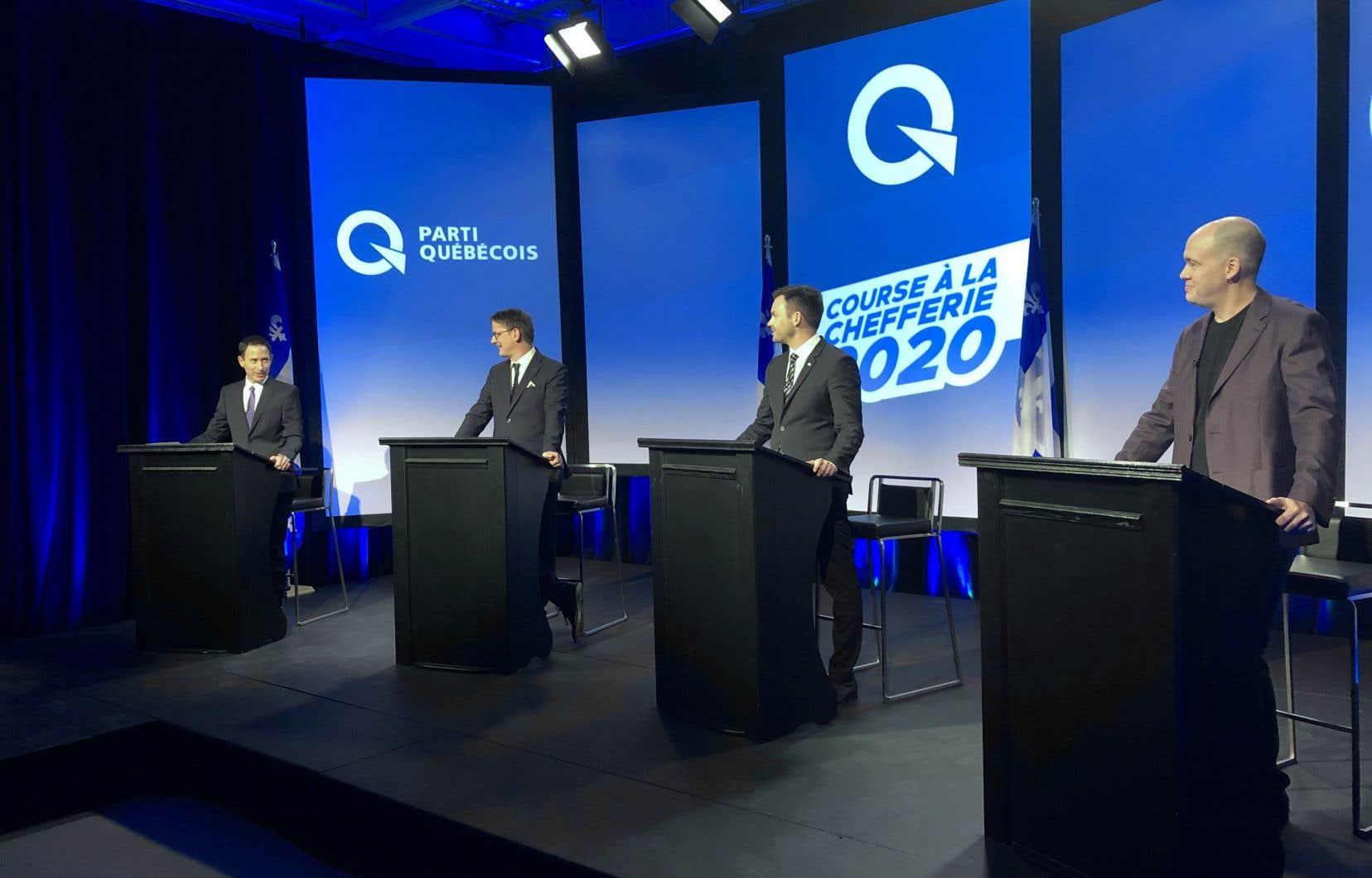 Le deuxième débat de la course s'est éloigné du thème de l'indépendance pour s'attarder à plusieurs sujets, dont certains soulevés par la pandémie de COVID-19.