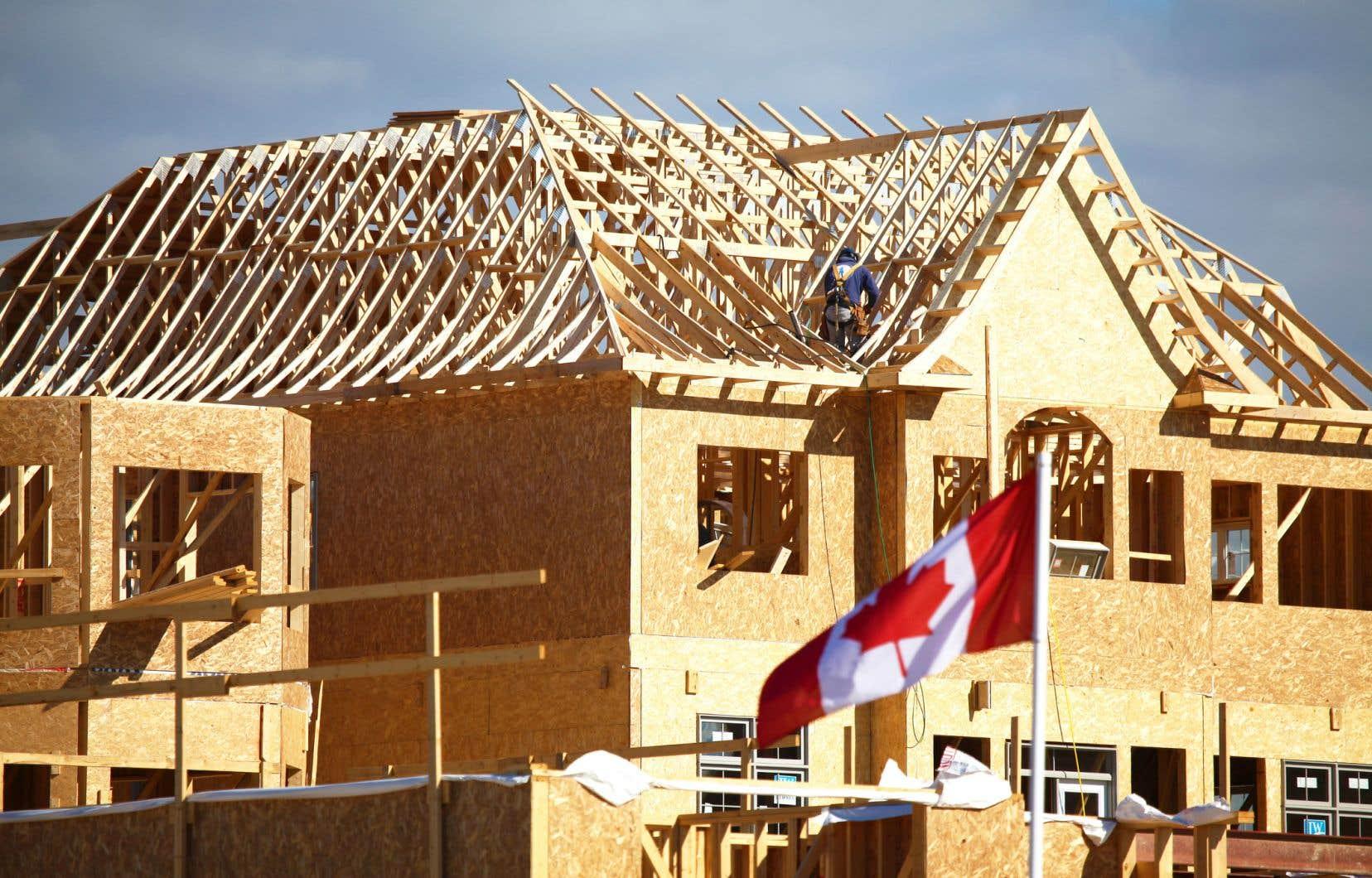 Au Canada, la cadence annuelle des mises en chantier a augmenté de près de 7% en août par rapport au mois de juillet.
