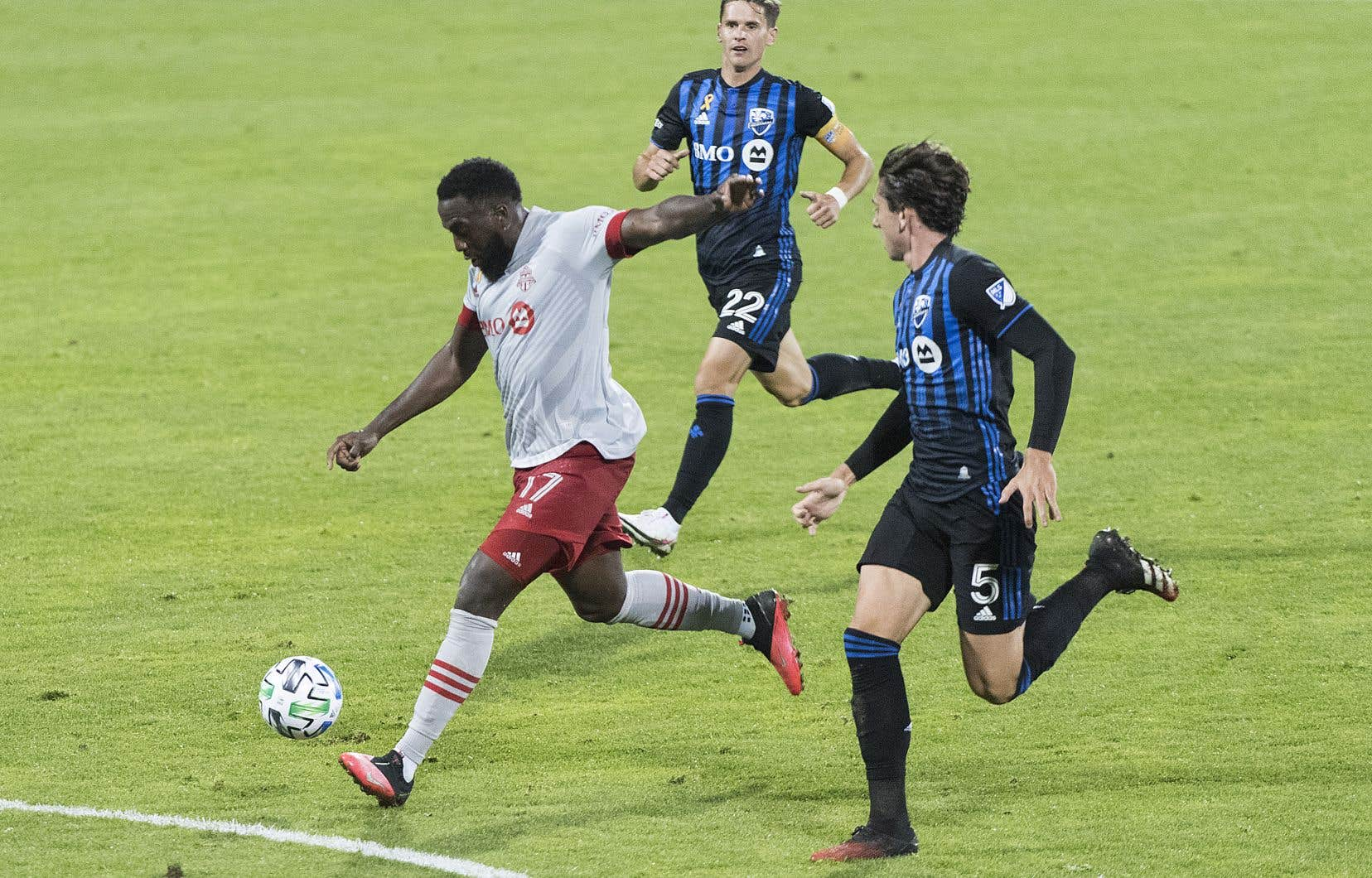 Altidore s'est faufilé derrière la défensive montréalaise, où il a reçu une longue passe de Nick DeLeon avant de déjouer le gardien Clément Diop.