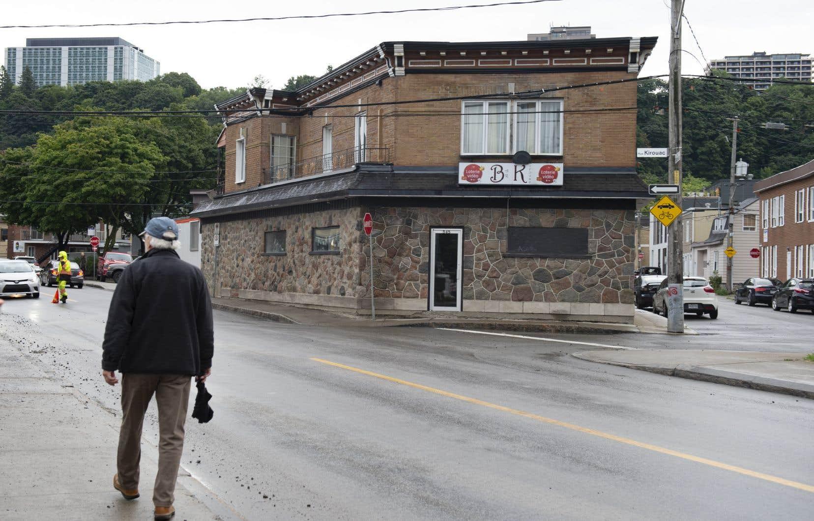 La Santé publique a identifié 72 cas de COVID-19 dans la région de Québec liés à une seule soirée karaoké tenue au bar Kirouac tenue le 23 août dernier.